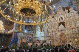 Добавлен фоторепортаж из поездки в Почаевскую лавру