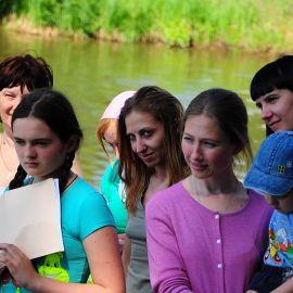 Команды выдвигают своих кандидаток на конкурс «Православная красавица» Отдых на природе духовных чад отца Виктора 26 мая 2013 г.