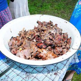 А мясо уже закоптилось Отдых на природе духовных чад отца Виктора 26 мая 2013 г.