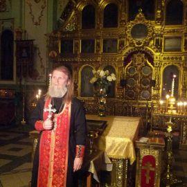 Перед каждой поездкой отец Виктор проводит молебен Паломничество. Почаев 30.12.2014 - 03.01.2015 г.