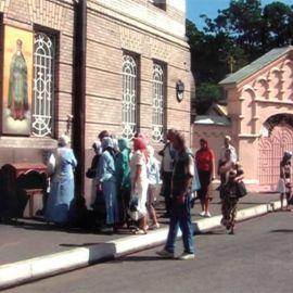 Иоанновский мон-ръ, где приложились к мощам св. Иоанна Кронштадтского чудотворца Паломничество. Соловки, июль 2007