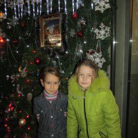 Паломники у рождественского вертепа, устроенного в Почаевской лавре Паломническая поездка в Почаевскую лавру на Новый 2017 год