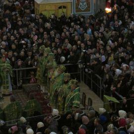 Каждый Новый год в Почаевскую лавру съезжаются тысячи паломников Паломническая поездка в Почаевскую лавру на Новый 2017 год