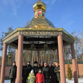 Отец Виктор с духовными чадами в Свято-Иверском монастыре Паломническая поездка в Почаевскую лавру на Новый 2017 год