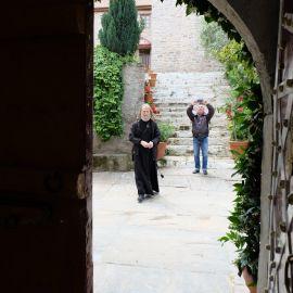 Внутренний дворик одного из монастырей. Афон Фотоотчет из поездки на Афон 2017