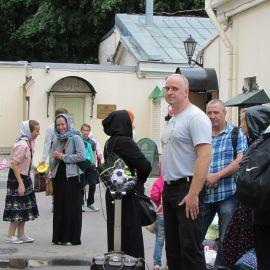 Пристанищем паломников после более чем 30 часов пути стала гостиница Новодевичьего монастыря Паломническая поездка к святыням Санкт-Петербурга