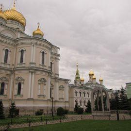 Новодевичий монастырь, Санкт-Петербург Паломническая поездка к святыням Санкт-Петербурга