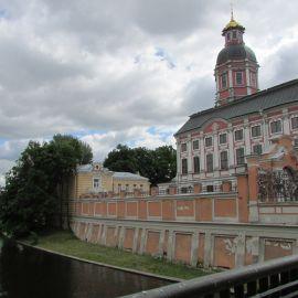Свято-Троицкая Александро-Невская Лавра, Санкт-Петербург Паломническая поездка к святыням Санкт-Петербурга