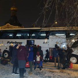 ...и дружно грузимся в автобус. Впереди - ночь пути Поездка в Почаевскую лавру. 30.12.2019-02.01.2020 г.