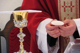 Позволительно ли православным молиться в еретическом храме?