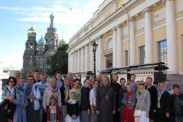 Добавлен фотоотчет о паломнической поездке к святыням Санкт-Петербурга