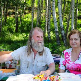 Уважаемое жюри - батюшка и матушка Отдых на природе духовных чад отца Виктора 26 мая 2013 г.