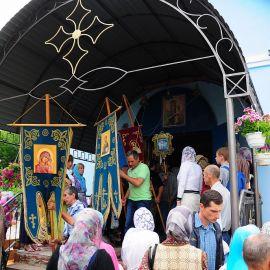 Начало крестного хода Праздник Озерянской иконы Божьей Матери. 29.06.2015 г.