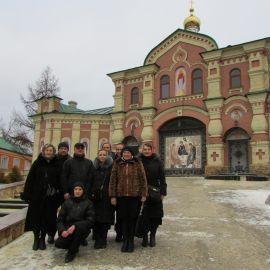 Несколько километров по морозной дороге - и путешественники в скиту Паломническая поездка в Почаевскую лавру на Новый 2017 год