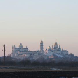 Вот она, виднеется на горизонте Паломническая поездка в Почаевскую лавру на Новый 2017 год