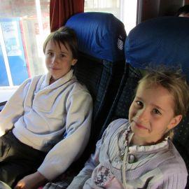 Маленькие паломники привычны и к дороге, и к длинным монастырским службам Паломническая поездка в Почаевскую лавру на Новый 2017 год