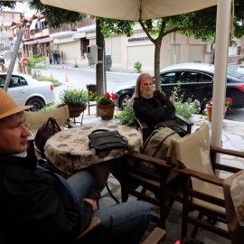 Паломники в ожидании афонской визы (диамонитириона), город Уранаполис Фотоотчет из поездки на Афон 2017