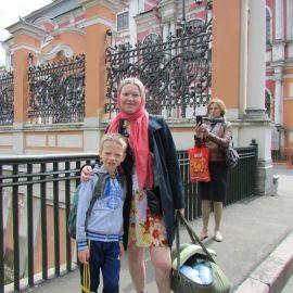 Самому маленькому паломнику харьковской группы (в люльке) 4 месяца от роду Паломническая поездка к святыням Санкт-Петербурга